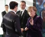 Kanzlerin Angela Merkel und Vizekanzler Philipp Rösler: Die künftige Marschrichtung fest im Blick